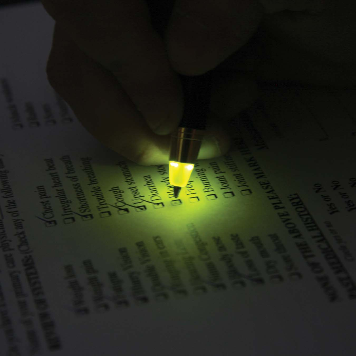 PWLL_3_Liberty-Pen-with-Yellow-LED-Light-Tip